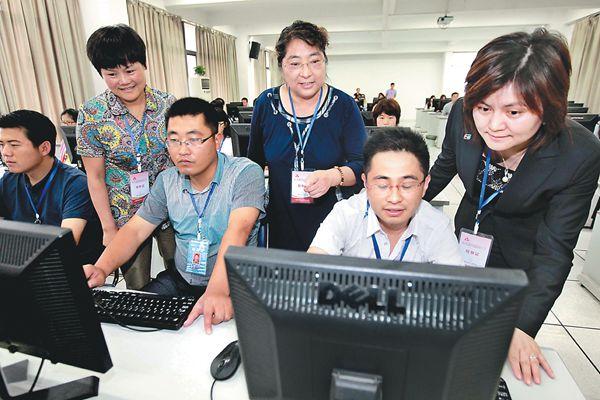安徽省高考评卷进程过半预计24日公布成绩